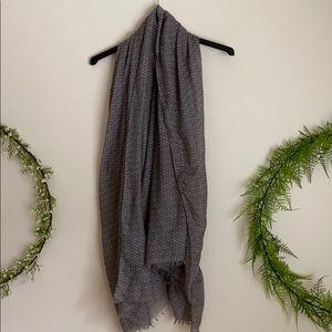 Oversized Gray and white chevron scarf